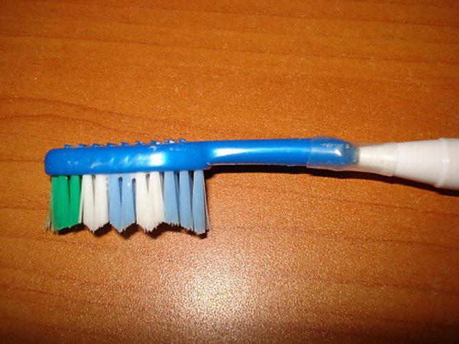 Зубная щетка электрическая своими руками 12