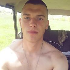 Фотография мужчины Виктор, 21 год из г. Днепродзержинск