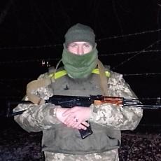 Фотография мужчины Артем, 24 года из г. Николаев